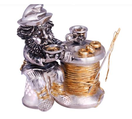Домовой Портной из серебра бриллиантами и позолотой