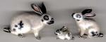Три Кролика серебро с эмалью ST392